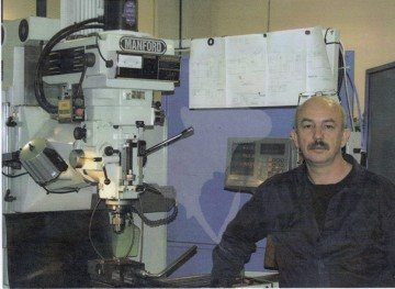 Michael Zagniotov - Precision toolmaker, miller, turner and fitter with over 35 years of experience in engineering